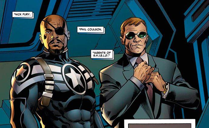 O uniforme do Nick lembra alguma coisa? Dica: Começa com 'Capitão América' e termina com 'O Soldado Invernal'.